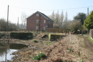 36 Woolston Lock and cottage after EA cut trees