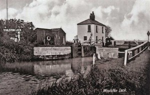 36 Woolston lock and cottage before 50 (434 x 276)
