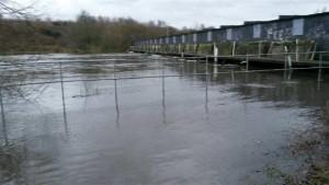 45 guard weir flood before 50 (800 x 450)