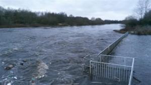 48 salmon ladder flood before 50 (800 x 450)