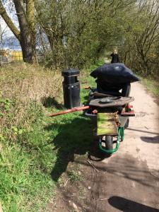 New Cut Canal litter pick 16.04.16 16 rubbish a 50(1632 x 1224)